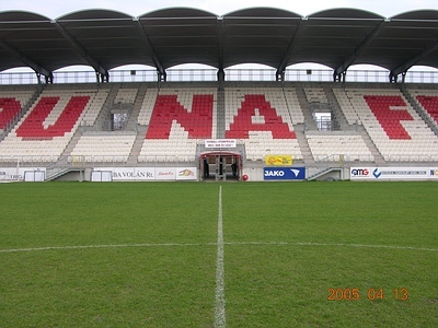 DUNAFERR DUNAÚJVÁROS, Futballstadion rekonstrukció, 2002.